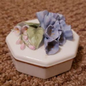 Lenox Virginia Bluebell trinket box